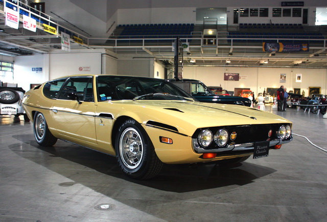 Modelcar Hk 187 為什麼1967年的jaguar Pirana這麼像lamborghini的espada